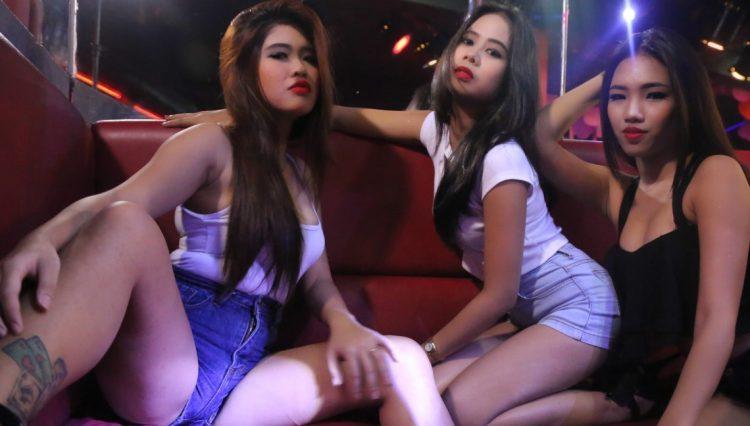 Girls in Phuket